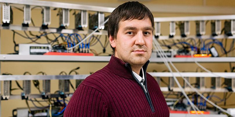 Казанец Данияр Латыпов начал заниматься майнингом, когда это еще не было мейнстримом: свою первую ферму он собрал в 2011 году.